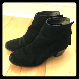 Kenneth Cole Reaction Pilage Black Ankle Boots
